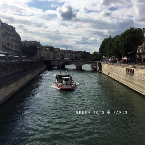 river-seine-boat-ride