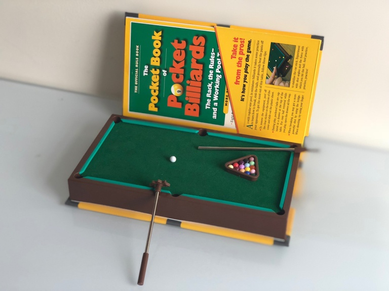 Mini Golf Book inner 2